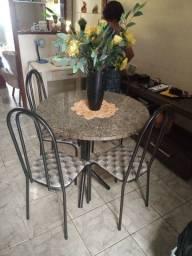 Mesa de cadeira