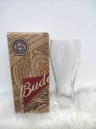 Copo da Budweiser