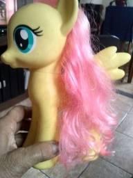 My litte poney amarelo