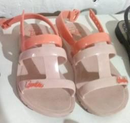 Sandálias 23/24 R$30 cada