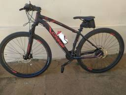 Bicicleta 29 Oggi Big Wheel 7.0 - Tam 17 - 24 velocidades