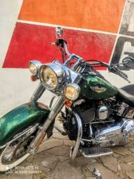Harley Davidson Deluxe único dono