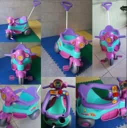 Vendo Triciclo Calesita