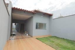3652 - Casa 3 quartos, suíte, na Vila Maria em Aparecida de Goiânia.