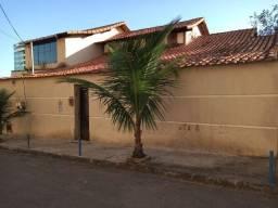 Vendo/Troco Excelente Casa Centro de Itaboraí