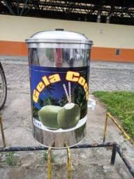 Recipiente de água de coco