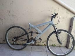 Bike aro  26.                                   R$ 250