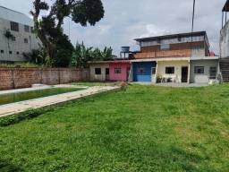 Ótimo investimento terreno com 09 aptos na Área do Planalto