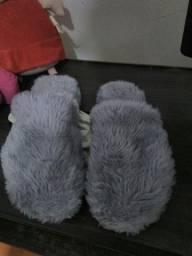 Pantufas de pelúcia