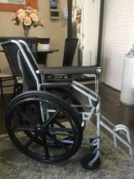 Cadeira de rodas 250 Reais
