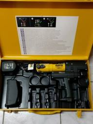 Máquina de prensar tubos pex ou cobre, a bateria.