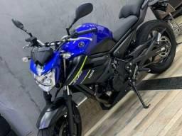 Yamaha XJ6 600cc N Azul