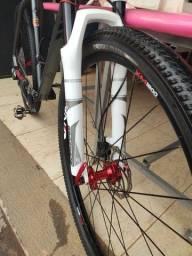 Bicicleta First tamanho 21 aros 29