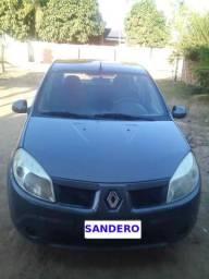 Renault Sandero - 2010