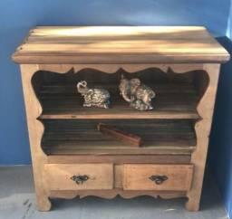 Armário aparador de madeira