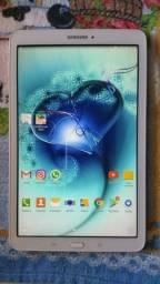 Tablet Samsung galaxy tab E tela 9.6 Sm-T561m 8gb