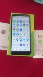 Vende-se moto G6 play semi novo