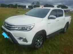 Toyota hilux srx 2.8 4x4 diesel - 2016