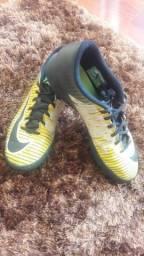 Chuteira Nike tamanho 38 d8ea232b00396