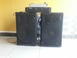 Vendo caixa de som com mesa e amplificado