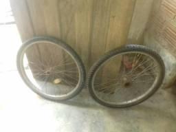 Vendo aros 24 com pneus e câmara de ar olhe a descrição