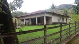 Serra de Japuíba Fazenda com 16 alqueires mineiros