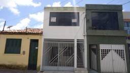 Aluga-se Casa na Parte Superior, Rua João Andrade , Bairro Santo Antônio