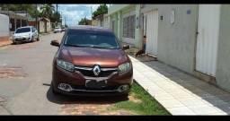 R$ 14 mil Vendo ou troco Logan Dynamics 2015 por carro quitado - 2015