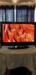 TV LCD 32P