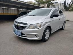 Chevrolet Onix 1.0 completo único dono 38mil km