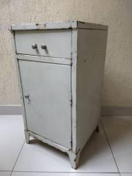 Criado Metal Industrial Antiga Retro Vintage Raro Hospitalar