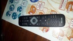 TV 32 LED Philips seminova (pouco uso)
