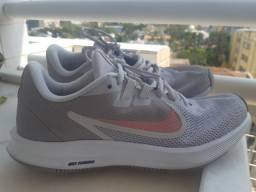 Tênis Nike usado 2x