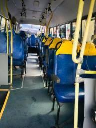 Microônibus 30 lugares