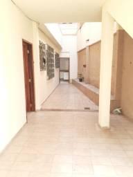 Apartamento de 02 quartos- Bairro Centro