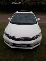 Honda Civic 1.8 EXS em excelente estado