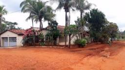 Chácara em Caldas Novas com 2 casas, sala comercial, pomar, aceita permuta em BSB