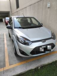Vendo Ford Fiesta Hatch se