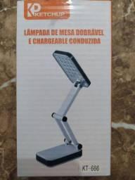 Luminária de mesa para estudos