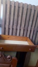 1 cama de casal com colchão de madeira semi nova com 04gavetas