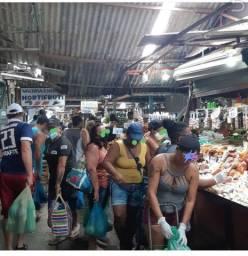 Ponto comercial na feira de Paulista