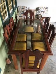 Mesa de jantar em madeira maciça e 6 cadeiras