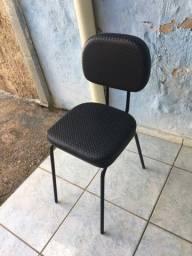 Vendo cadeira e poltrona super semi novas