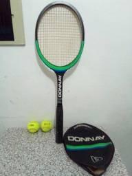 Raquete de tênis profissional pouquíssimo uso.