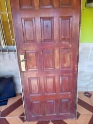 Vendo porta de madeira de 80 cm
