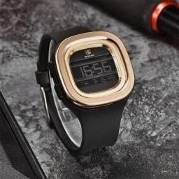 R$ 250 Relógio Quartz Esportivo Benyar de Silicone Prova Dgua.