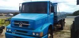 Caminhão Mercedes Benz 1218