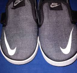 Sapatinho Nike original  n°22