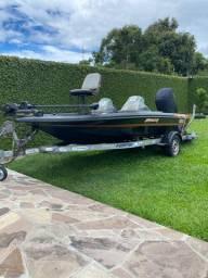 Bass Boat Trick ( Casco )com Carreta Fortcar