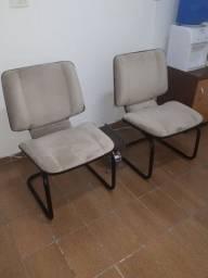 2 Cadeiras de Suede